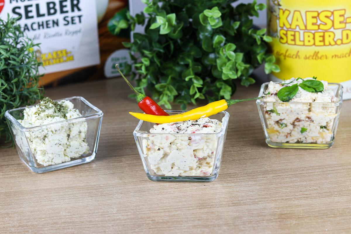 Dreierlei Käse-Dips - passend zum Super Bowl